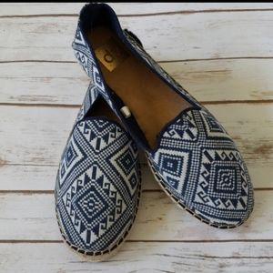 DV by Dolce Vita blue and off white espadrilles